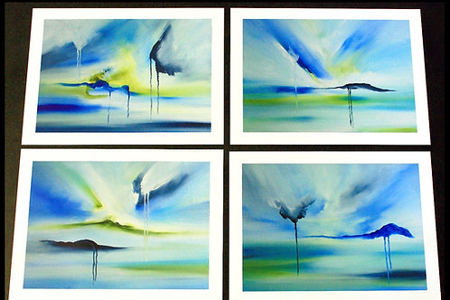Blue Ocean. 4 Stk Grafiske tryk .  Måler 30 x 40 cm. Indrammet med sort træramme