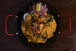 arroz con mariscos rice and mussels