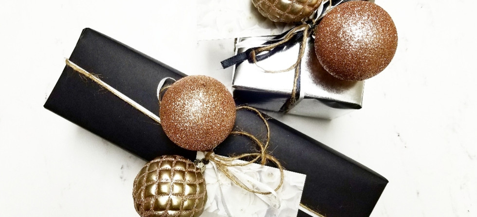 MRM Gift Wrapping