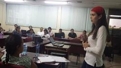 En una charla en la UCA