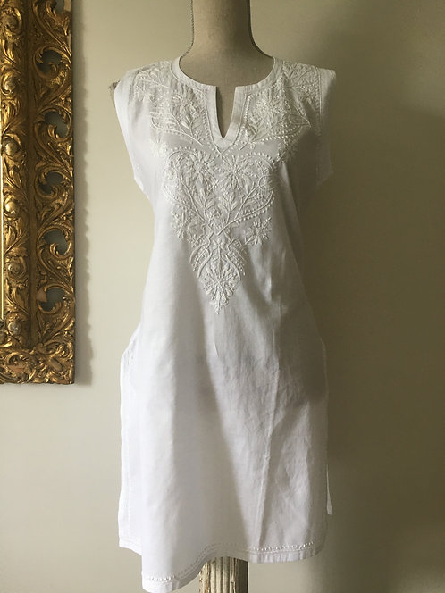 Embroidered Sleeveless Tunic Top
