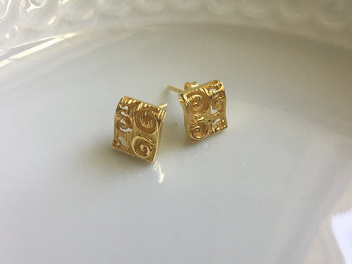 Classically Elegant Square Scroll Design Stud Earrings