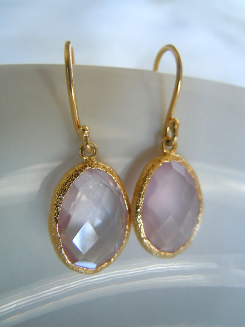 Faceted Rose Quartz in Hammered Gold Bezel Setting