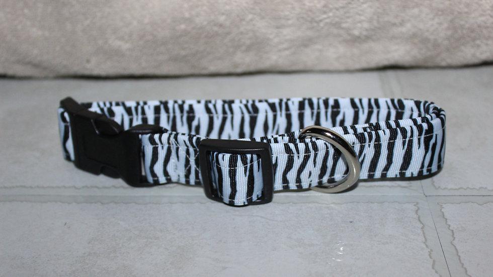 WHITE ZEBRA Plastic Buckle