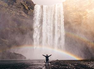 waterfall-828948.jpg