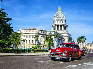 Cuba_Havana_Capitol_shutterstock_2041923