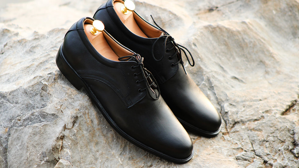 Cambridge Design Semi Casual Shoes