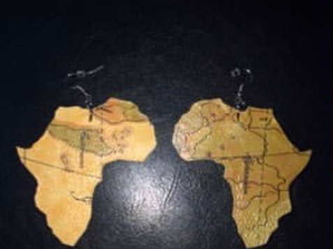 """Thin Leather Map Design """"MD Africa"""""""
