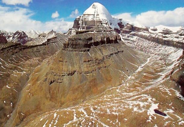 Лингам горы Кайлаш.