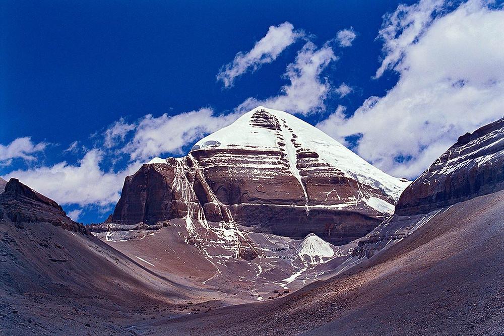 Священная Гора Кайласа.