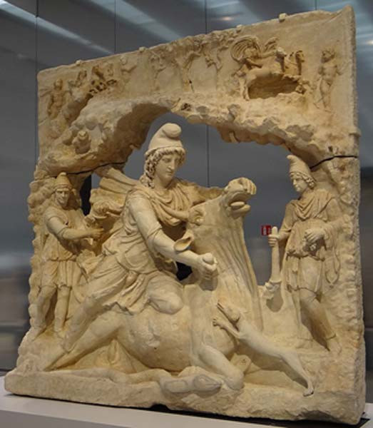 Митрас убивает быка (ок. 150 г. н. Э.).