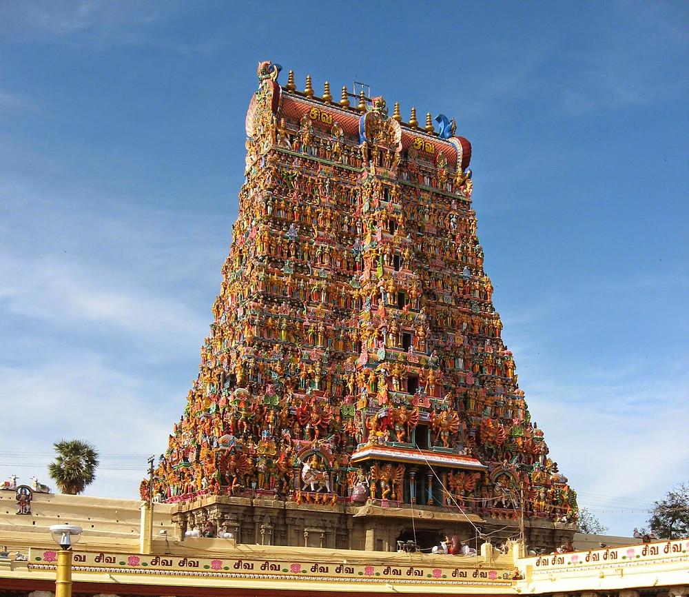 Храм Минакши в Мадурае. Пример южного стиля.