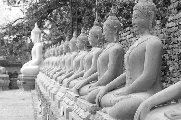 buddha statues.jpg