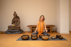 Osho Dynamic Meditation in Amsterdam. Integration: Breath and Sounds from singing bowls.