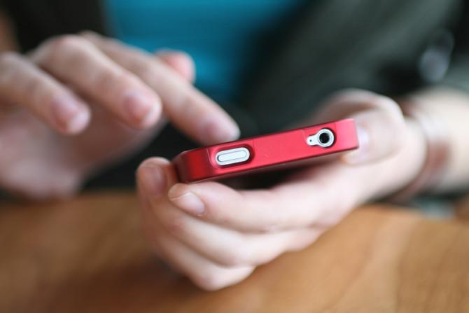 Sin billetera y menos tiendas: La evolución del consumo de los chilenos con los smartphones