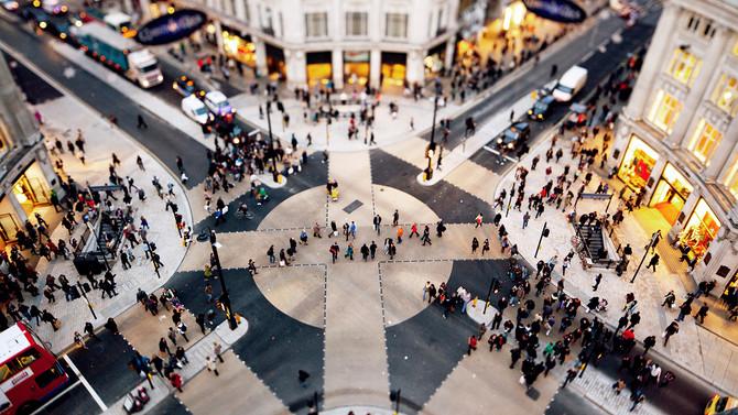 El retail le hace frente a la desaceleración y hasta ahora va ganando