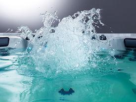 gallery_641_file1_V94_Whitewater4Jet.jpg
