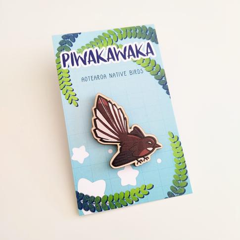 NZBirds_Piwakawaka_Front.png