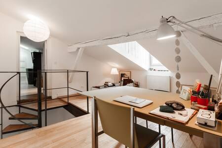 09.Bureau salon 2.jpg