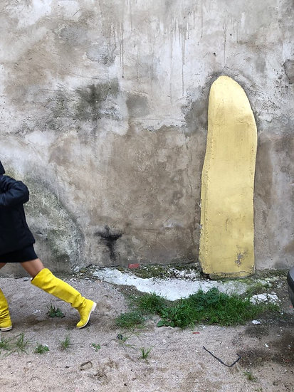 EXTREMELY YELLOW  BOOTS