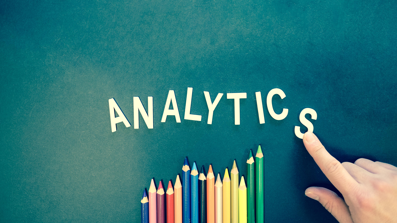 Canva - Analytics Text