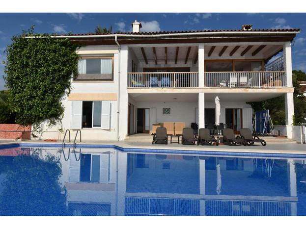 Villa mit Pool Alcanada