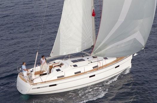 bavaria-yachts-bavaria-36-cruiser-baluma-e2f288da-1.jpg
