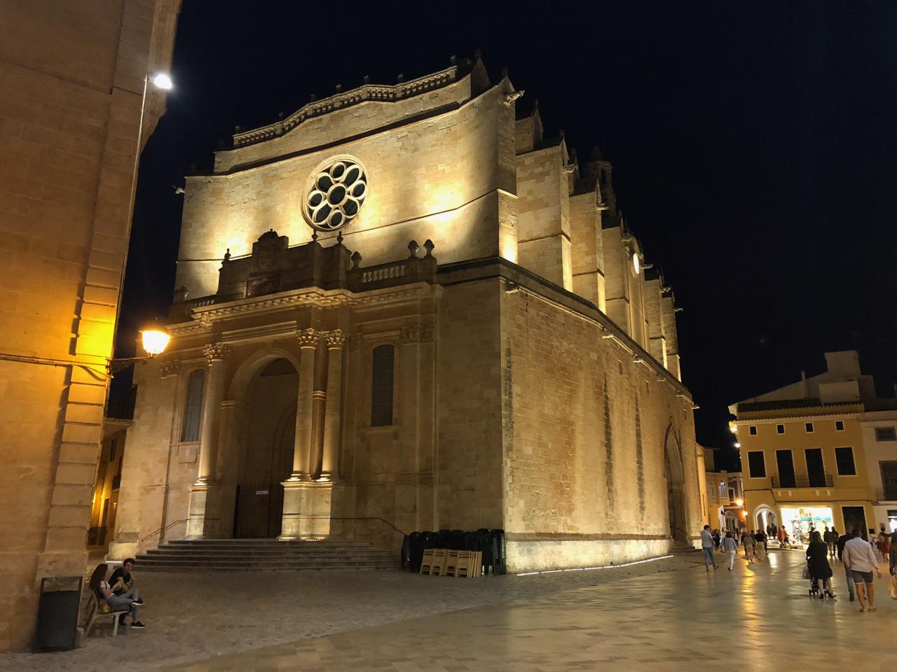 Ciutadella bei Nacht