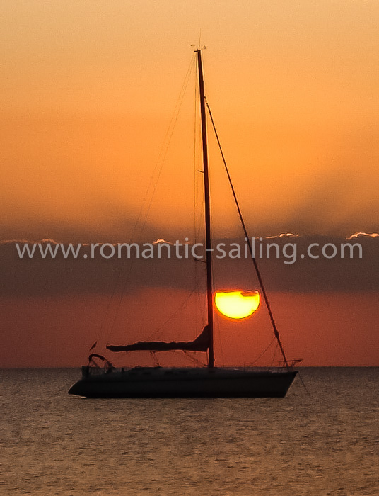 romantic-sailing-cuba