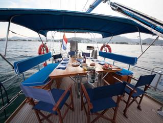 Bootsausflug auf alter Segelyacht in Porto Pollence