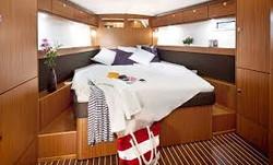 Bavaria Cruiser 46-schlafen.jpg