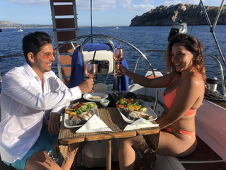 Romantic Dinner auf einer Segelyacht