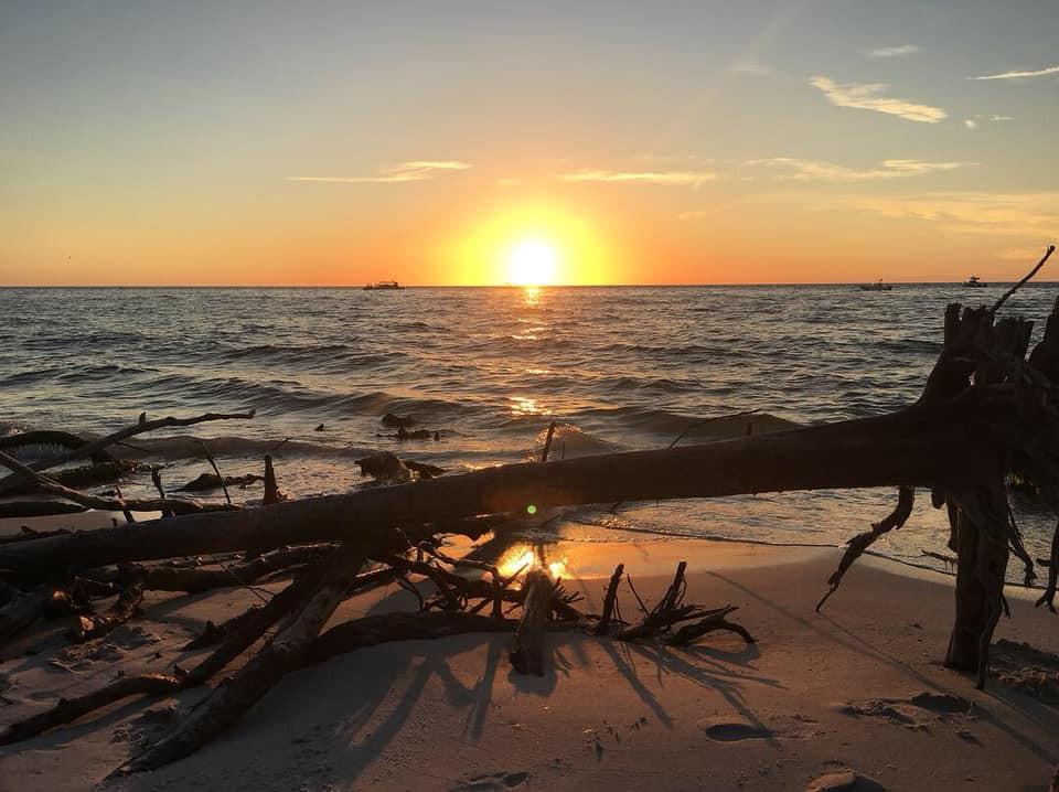 anna-maria-island-real-estate-beach-suns