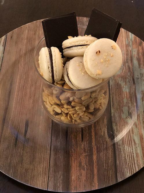 Peanut Butter with chocolate Makarons (1 dozen)