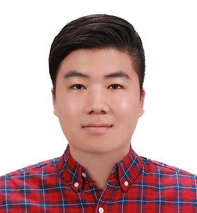 Louis Kim_Professional Photo.jpg