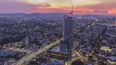 hotel-riu-plaza-guadalajara.jpg