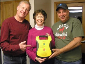 Stratton-Eustis Lions Club Donate AED Units