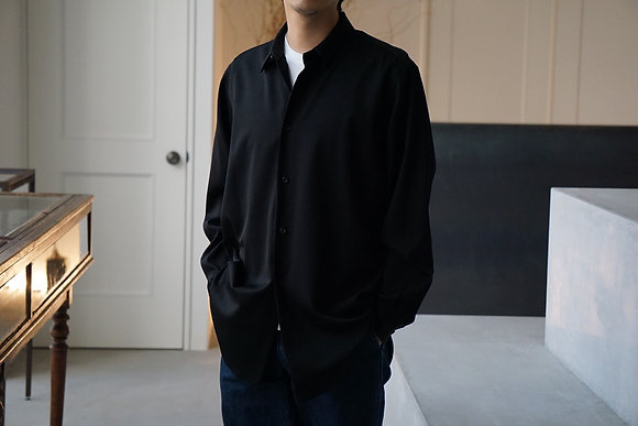 un/unbient  uniform gabardine regular collar shirt (black)