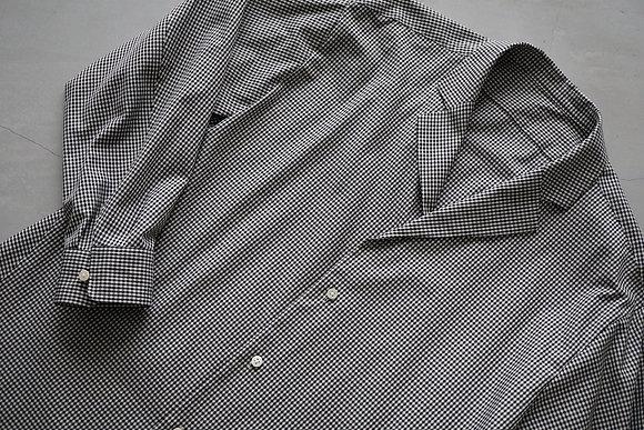 un/unbient  tailored collar shirt (gingam check)