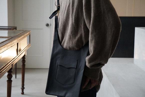"""NICENESS  horse leather NN shoulder bag """"LOWE"""" (black)"""