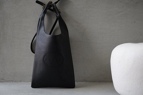 """NICENESS  """"LOWE"""" horse leather NN shoulder bag (black)"""