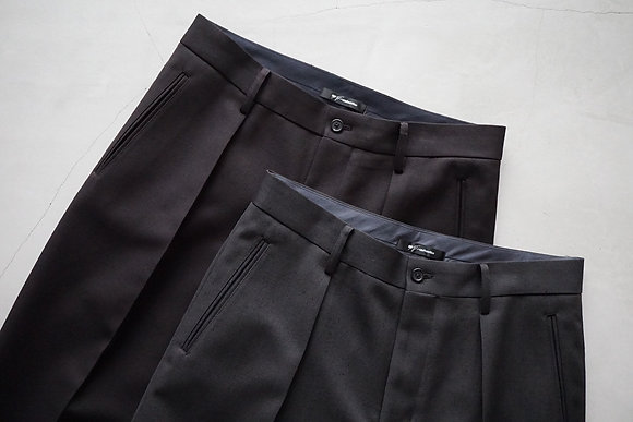 tilt The authentics  in tuck turn up trousers (dark chocolate , deep chacoal)