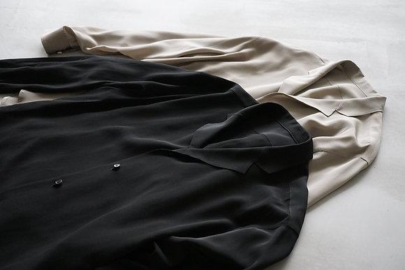 un/unbient  washable silk tailored collar shirt (black,grege)