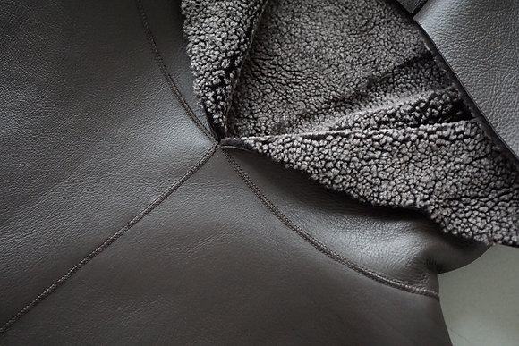 POSTELEGANT  mouton hoodie (dark brown)