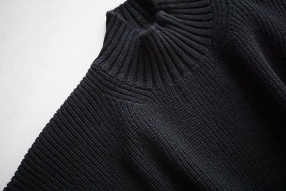 MAATEE&SONS mock neck sweater (black)