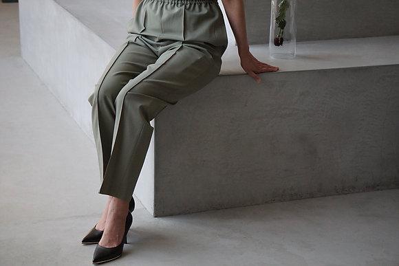 POSTELEGANT  wool easy trousers (sage green,black)