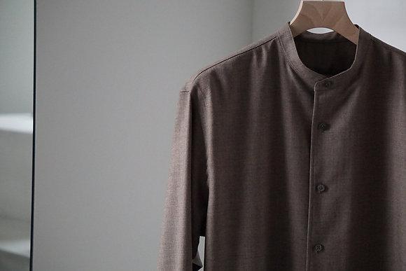 un/unbient  stand collar shirt (grege)