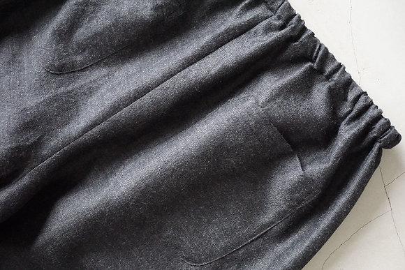 MAATEE&SONS  wool silk easy pants (charcoal grey)