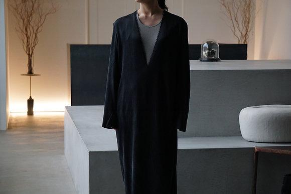 GABRIELA COLL GARMENTS  heavy silk long sleeve dress (black)
