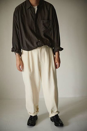 WIRROW  Cotton twill tuck pants (off white)